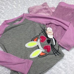 Two piece pajama set size small 6-6x